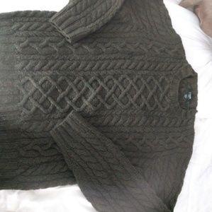 JCrew Olive Green cableknit wool sweater  sz L